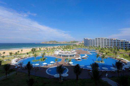 Vi vu Quy Nhơn tháng 11, check in ngay 4 hồ bơi view biển tuyệt đẹp